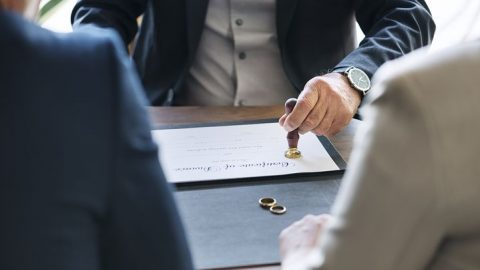 How People Can Learn About How To Manage Court Appearances During Lockdown By Chatting With A Divorce Lawyer In Sydney